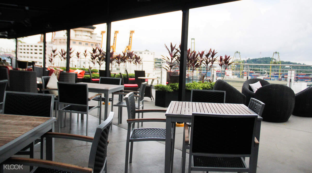 klook promo [FOOD-Ball Exclusive] Propeller Rooftop Bar House Drink in Harbourfront, Singapore